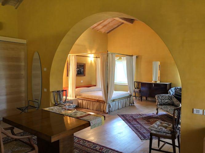 La Villa con gli Archi: ubicata a due passi dal litorale toscano, è perfetta per gruppi e famiglie