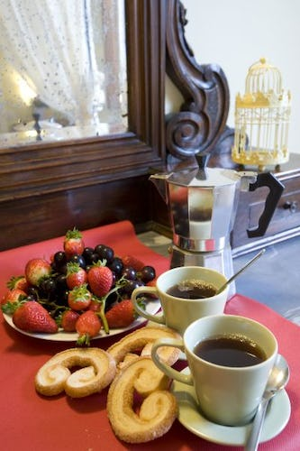 Breakfast at Oltrarno Apartment Florence