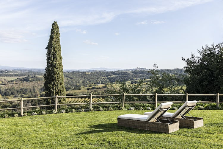 Panoramic view of the surroundings of Pancolina to be enjoyed from the garden