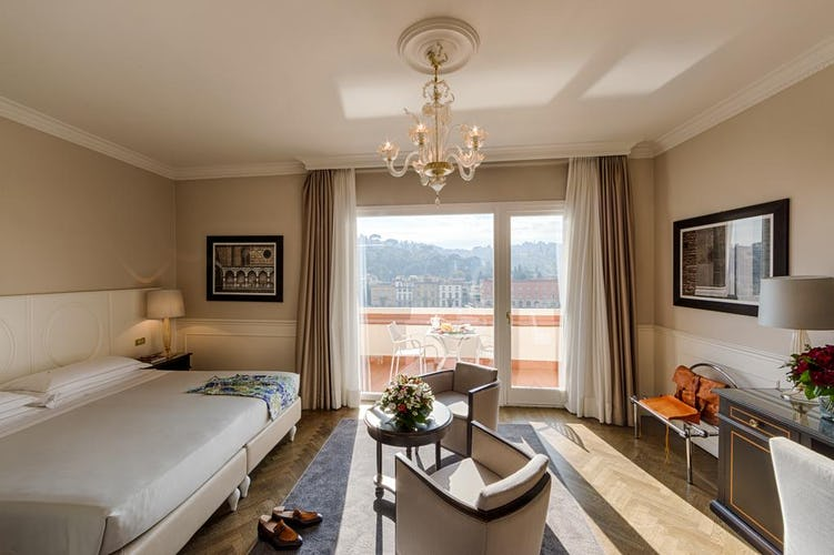 Plaza Hotel Lucchesi - letti più grandi di quelli standard e molto comodi