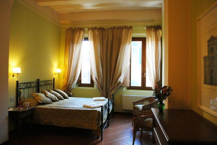 L'arredo elegante delle camere rispecchia l'eleganza del palazzo