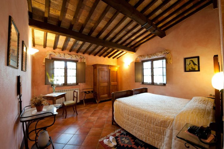 Sarna Residence is within walking distance of the town San Quirico