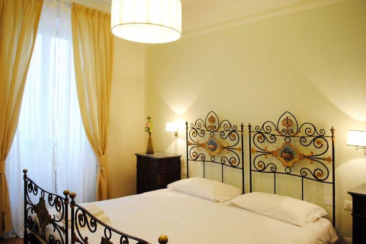 La camera dell'appartamento Lungarno