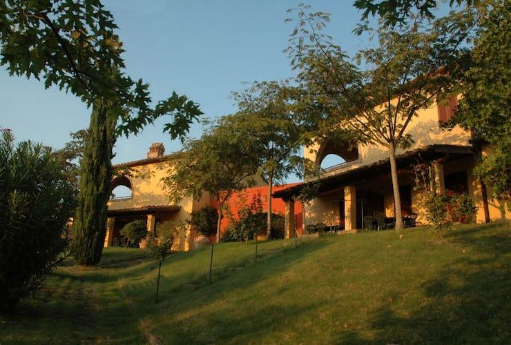 Casolare San Lorenzo con Appartamenti nel Chianti