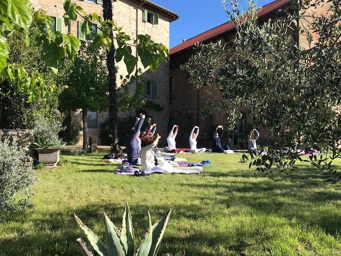 Terzo di Danciano: gardens for yoga retreats