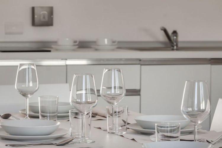 Il piacere di cucinarsi una cena in stile tradizionale toscana