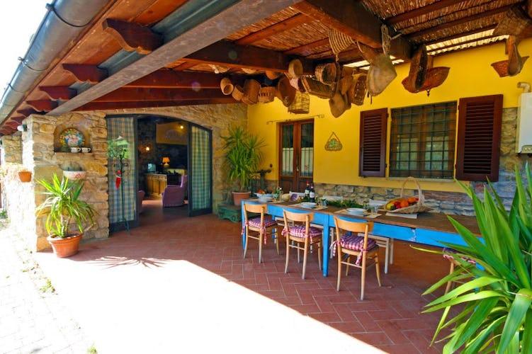 Outdoor meals at Villa Cafaggiolo