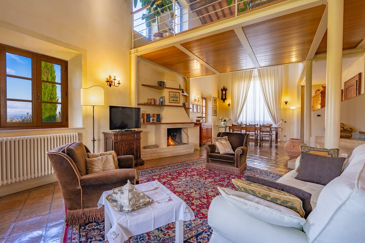Accommodation in villa Siena, fireplace