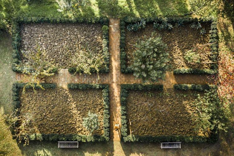 Giardino della villa toscana
