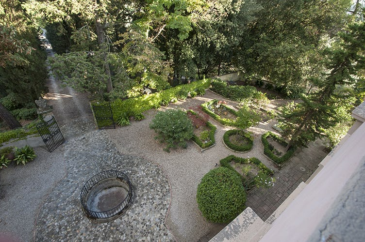 Refreshing Garden and Olive Groves surround Villa Humbourg