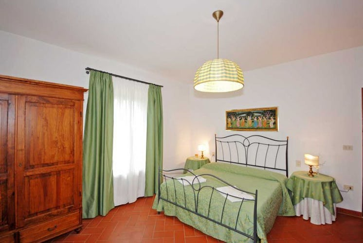 There are 7 double bedrooms at Villa i Leoni and one twin