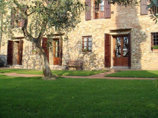 Villa con Appartamenti in Chianti Le Torri