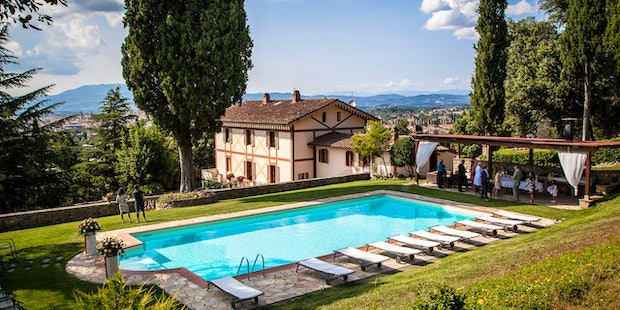 Villa Rossi-Mattei, vacation rental within walking distance of Arezzo
