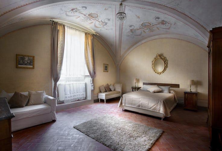 Villa Roveto: la camera principale, un connubio di prestigio ed eleganza