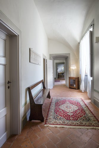 Villa Roveto: Furnished with antiques