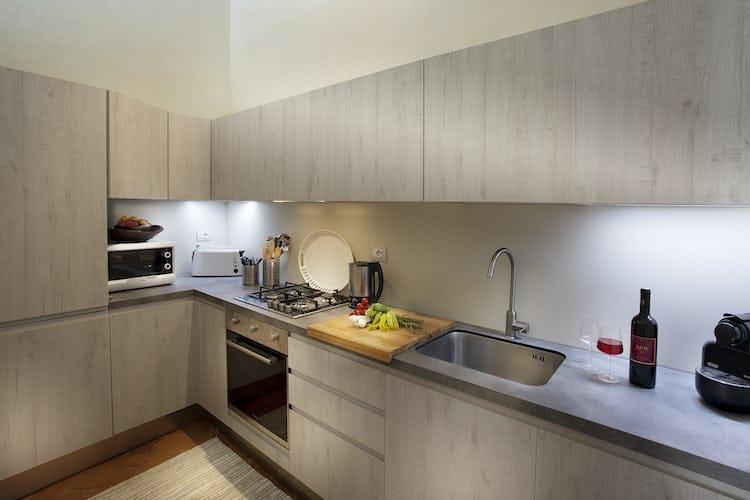 Villa Roveto: Modern appliances in the kitchen