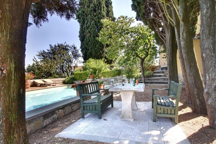 Enjoy the many corners in the garden for outdoor meals and relax